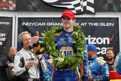 Ganador de la carrera Alexander Rossi, Herta - Andretti Autosport Honda Jon Beekhuis