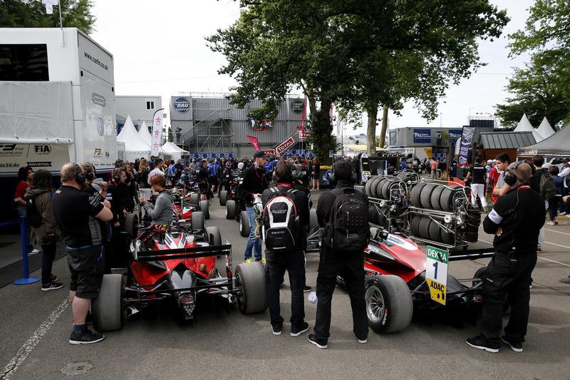 Marino Sato, Motopark, Dallara F317 - Volkswagen
