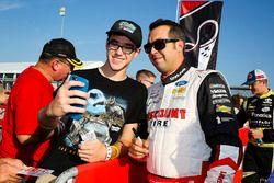 Sam Hornish Jr., Team Penske Ford with fans