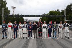 Tous les pilotes avec Jean Todt, président de la FIA