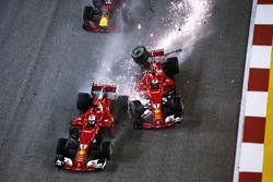 Startcrash: Kimi Raikkonen, Ferrari SF70H hits Sebastian Vettel, Ferrari SF70H, Max Verstappen, Red Bull Racing RB13