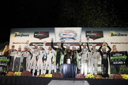 Class podium: P winners Scott Sharp, Ryan Dalziel, Brendon Hartley, Tequila Patrón ESM, PC winners G