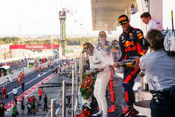 Max Verstappen, Red Bull, second place, Race winner Third place Lewis Hamilton, Mercedes AMG F1 Dani