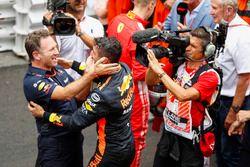 Christian Horner, Team Principal, Red Bull Racing, and Race winner Daniel Ricciardo, Red Bull Racing, celebrate in Parc Ferme