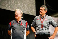 Gene Haas, Team Owner, Haas F1 Team, Guenther Steiner, Team Principal, Haas F1 Team