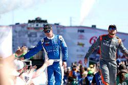 Ди-Джей Кеннингтон, Gaunt Brothers Racing Ford Fusion и Джастин Маркс, Rick Ware Racing Chevrolet Ca
