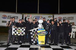 Brett Moffitt, Hattori Racing Enterprises, AISIN Atlanta Toyota Tundra celebrates his win