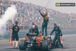 Screenshot hoogtepunten video Jumbo Racedagen driven by Max Verstappen