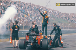 Screenshot hoogtepunten video Jumbo Racedagen driven by Max Verstappen