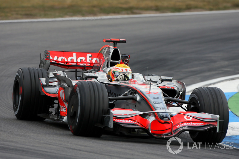 2008: Winner Lewis Hamilton, McLaren Mercedes MP4/23