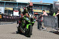 Jonathan Rea, Kawasaki Racing se rend au parc fermé