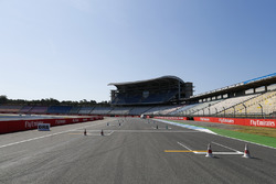 Circuit detail of the pit straight and last corner