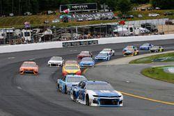 Alex Bowman, Hendrick Motorsports, Chevrolet Camaro Nationwide e Kevin Harvick, Stewart-Haas Racing, Ford Fusion Busch Beer