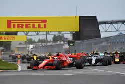 Sebastian Vettel, Ferrari SF71H gaat aan de leiding