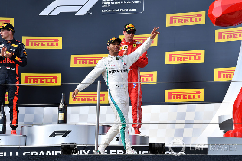 Tras hacer la pole en el GP de Francia, Lewis Hamilton ganó la carrera