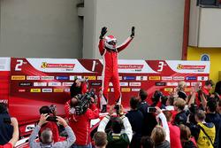 Ganador, #8 Octane 126 Ferrari 488: Fabio Leimer