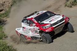 Жиньель де Вильерс и Дирк фон Цицевиц, Toyota Gazoo Racing SA, Toyota Hilux (№304)