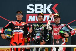Race winner Jonathan Rea, Kawasaki Racing, second place Chaz Davies, Aruba.it Racing-Ducati SBK Team, third place Eugene Laverty, Milwaukee Aprilia