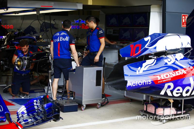 El coche de Pierre Gasly, Toro Rosso STR13