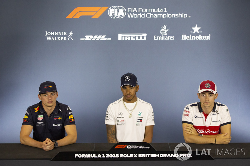 Max Verstappen, Red Bull Racing, Lewis Hamilton, Mercedes-AMG F1 and Charles Leclerc, Sauber in the Press Conference