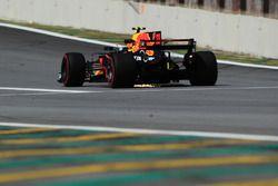 Vonken bij Max Verstappen, Red Bull Racing RB13