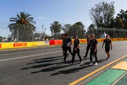Le trackwalk avec Kevin Magnussen, Haas F1 Team