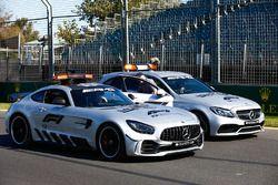 FIA Formula 1 Mercedes-AMG GTR Güvenlik aracı ve Mercedes-AMG C63 S Tıbbi Aracı