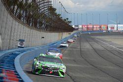 Kyle Busch, Joe Gibbs Racing, Toyota Camry Interstate Batteries, Joey Logano, Team Penske, Ford Fusi