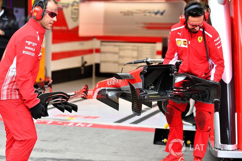 Vue détaillée du nez de la Ferrari SF71H