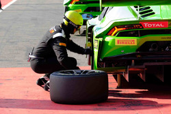 Mechanic of GRT Grasser Racing Team