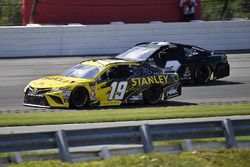 Daniel Suarez, Joe Gibbs Racing, Toyota Camry STANLEY and Reed Sorenson, Premium Motorsports, Chevrolet Camaro