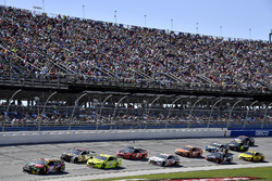 Noah Gragson, Joe Gibbs Racing, Toyota Camry Switch al comando