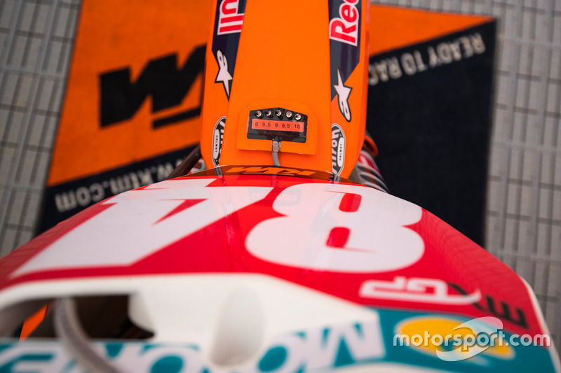 Lampjes op motor Jeffrey Herlings, Red Bull KTM Factory Racing