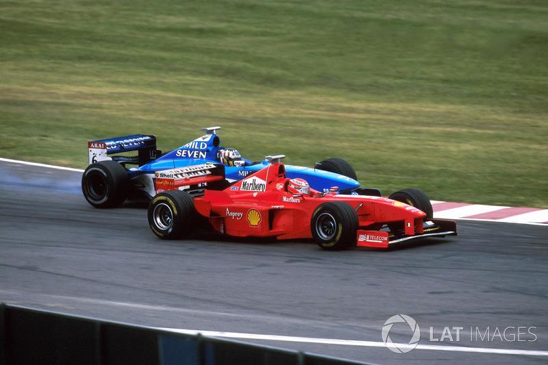 Alex Wurz, Benetton Playlife B198, Eddie Irvine, Ferrari F300