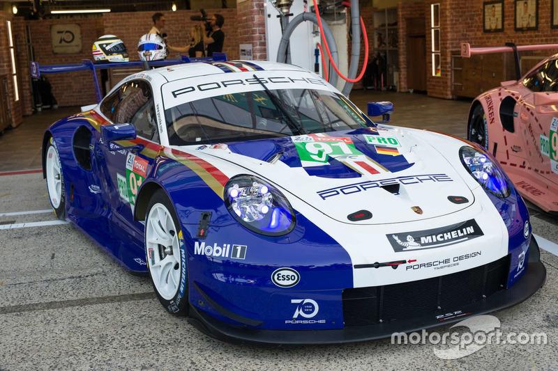 #91 Porsche GT Team Porsche 911 RSR avec une livrée spéciale