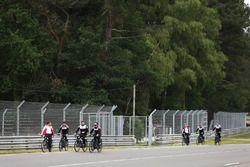 Alexander Wurz, Fernando Alonso, Sébastien Buemi, Kazuki Nakajima, Toyota Gazoo Racing