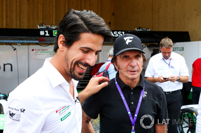 Lucas di Grassi, Audi Sport ABT Schaeffler, with Emerson Fittipaldi