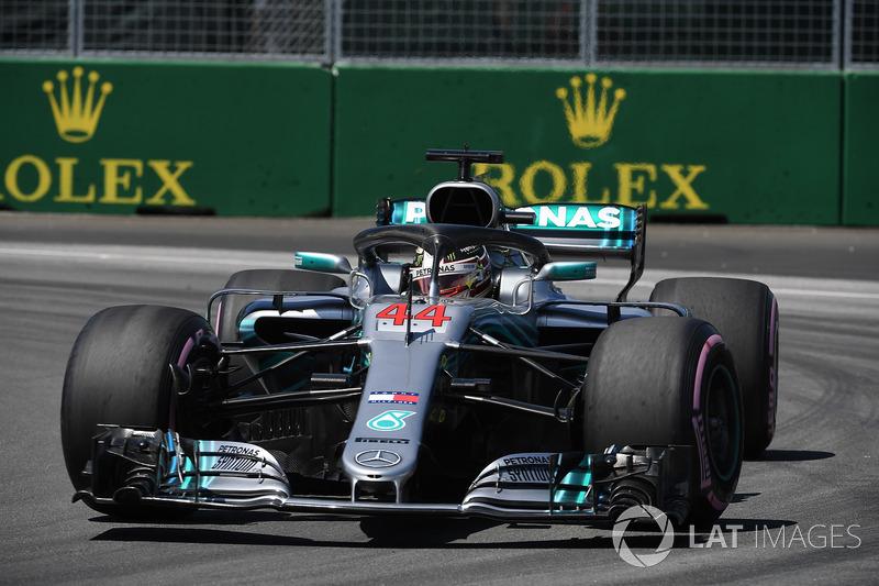 4: Lewis Hamilton, Mercedes-AMG F1 W09, 1'10.996