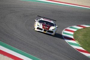 #424 Ferrari 488 Challenge, M Auto Hiroshima: Go Max