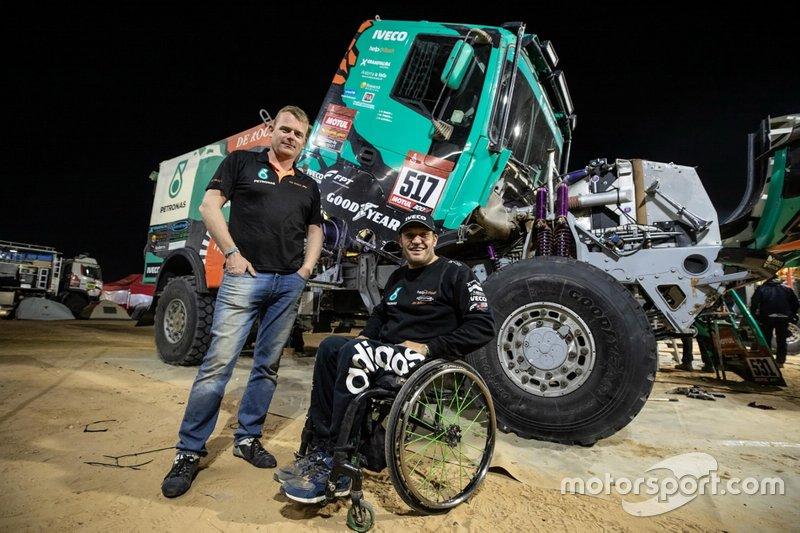 #517 Team De Rooy IVECO: Albert Llovera with Gerard de Rooy