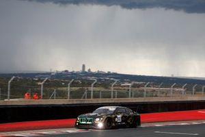 #107 Bentley Team M-Sport Bentley Continental GT3: Jules Gounon, Maxime Soulet, Jordan Pepper
