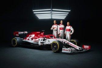 Kimi Raikkonen, Antonio Giovinazzi, Robert Kubica, Alfa Romeo Racing C39