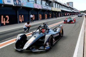 Sébastien Buemi, Nissan e.Dams, Nissan IMO2 exits the pit lane