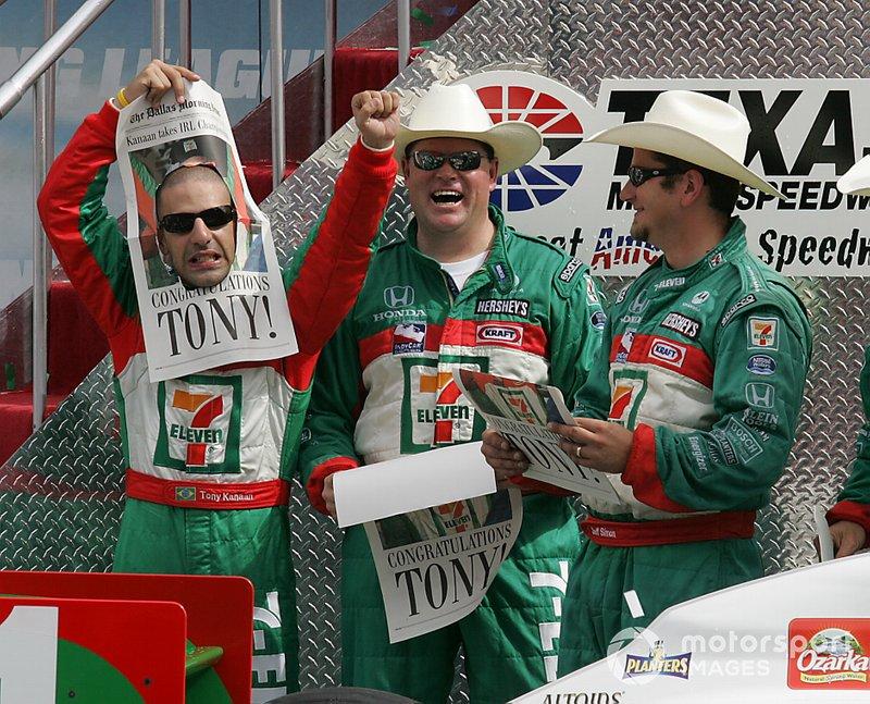 A comemoração veio no Texas Motor Speedway.