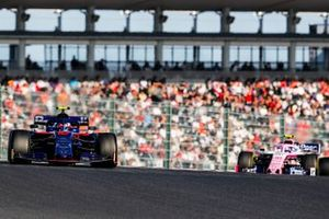 Пьер Гасли, Scuderia Toro Rosso STR14, и Лэнс Стролл, Racing Point F1 Team RP19