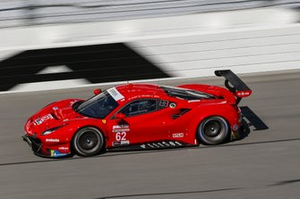 #62 Risi Competizione Ferrari 488 GTE, GTLM: Daniel Serra, James Calado
