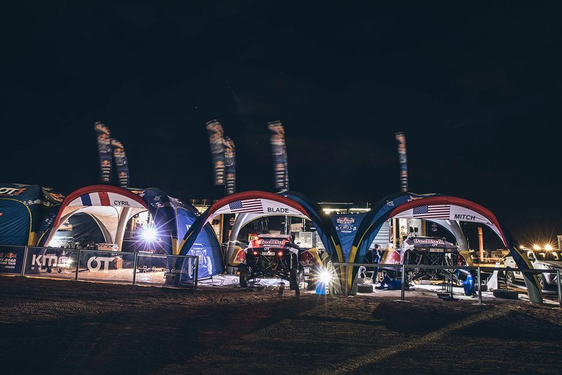 Red Bull Off-Road Team USA en el vivac