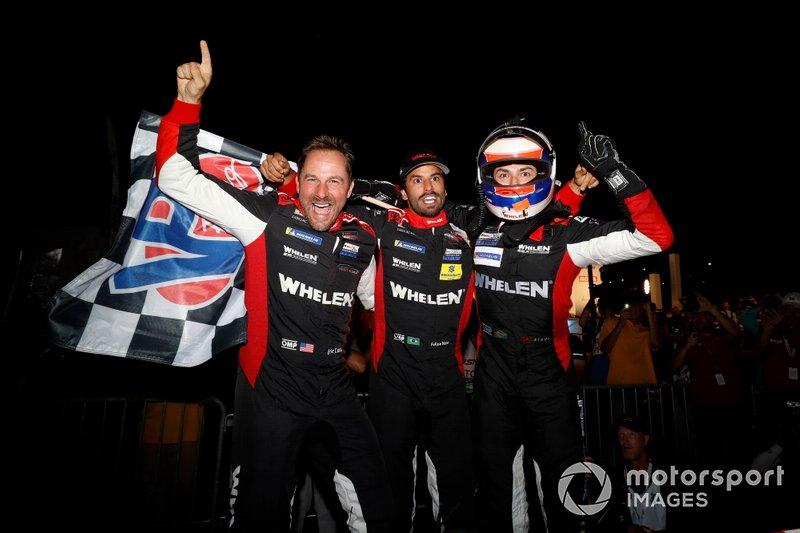 I vincitori #31 Action Express Racing Cadillac DPi: Felipe Nasr, Eric Curran, Pipo Derani