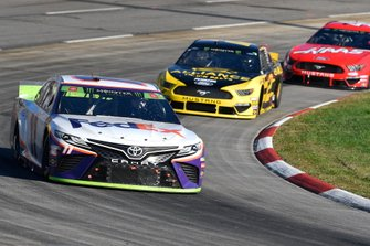 Denny Hamlin, Joe Gibbs Racing, Toyota Camry FedEx Freight, Brad Keselowski, Team Penske, Ford Mustang Alliance Truck Parts