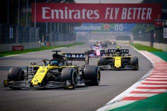 Daniel Ricciardo, Renault F1 Team R.S.19,Nico Hulkenberg, Renault F1 Team R.S.19, Lance Stroll, Racing Point RP19